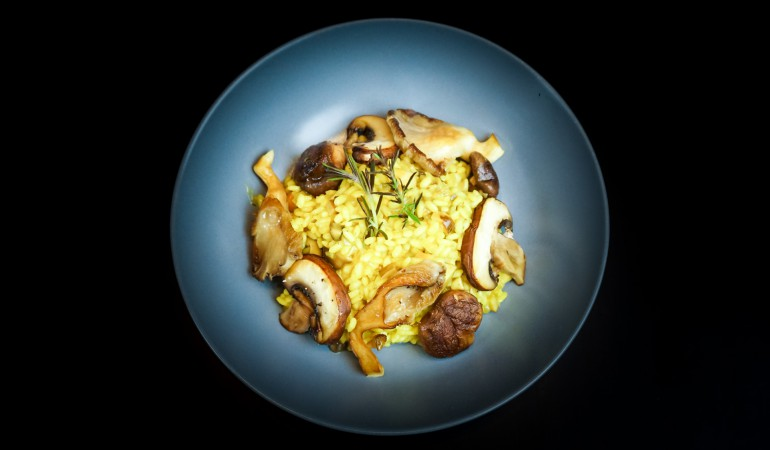 Pilz Risotto tiefer Teller.