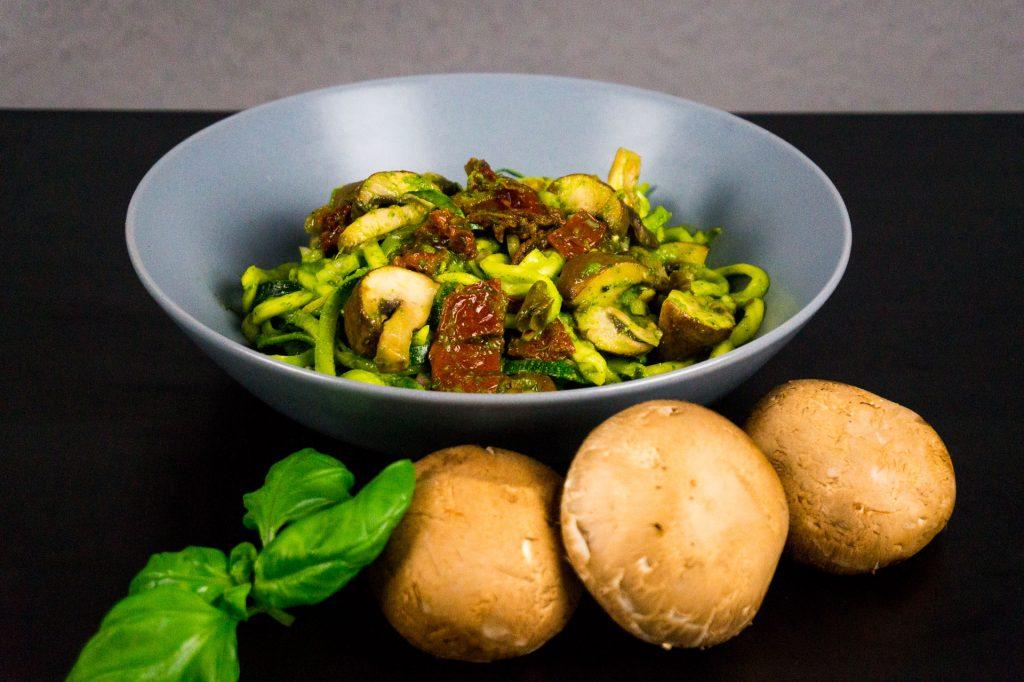 Zuchini-Pilze-Salat
