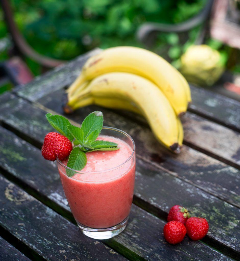 Erdbeer-Bananen-Smoothie hoch